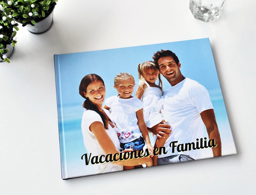 Fotolibros de Viajes y Vacaciones. Descargá el software gratuito y diseñá tus propios fotolibros. Atesorá tus recuerdos de viajes en un hermoso libro que durará por siempre.