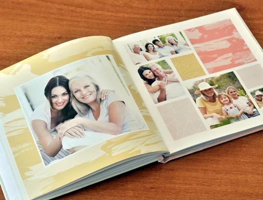Fotolibro para Mamá. Descargá el software gratuito y diseñá tus propios álbumes. O descargá el proyecto completo para colocar tus fotos y hacerle un regalo original para Mamá!