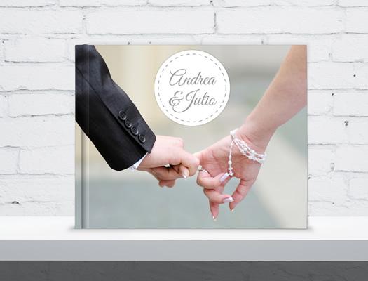 Fotolibros de Bodas. Descargá el software gratuito y diseñá tus propios álbumes. Tu boda capturada en imágenes y reproducida en un libro de soberbia calidad profesional.
