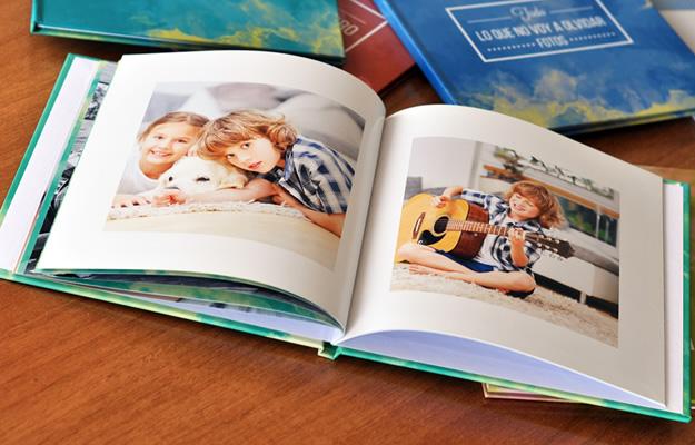 Fotolibro Acuarela Colors | Diseño para descargar gratis y completar con tus fotos!