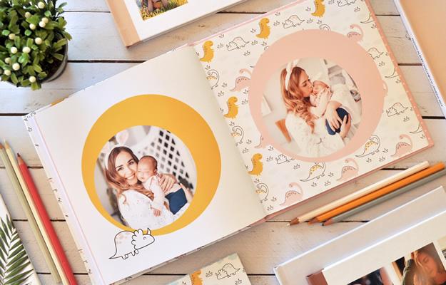 Dinodos. Diseño de fotolibro para bebés para descargar gratis y completar con tus fotos en el soft de computadora.