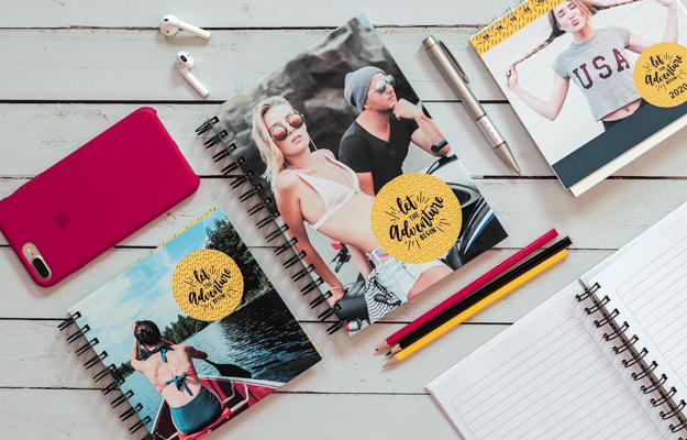 Adventure 2. Diseño de cuaderno personalizado para descargar gratis y completar con tus fotos en el soft de compu!