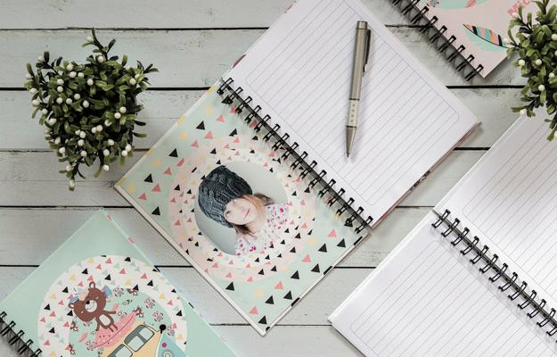 Boho Camp. Diseño de cuaderno personalizado para descargar gratis y completar con tus fotos en el soft de compu!