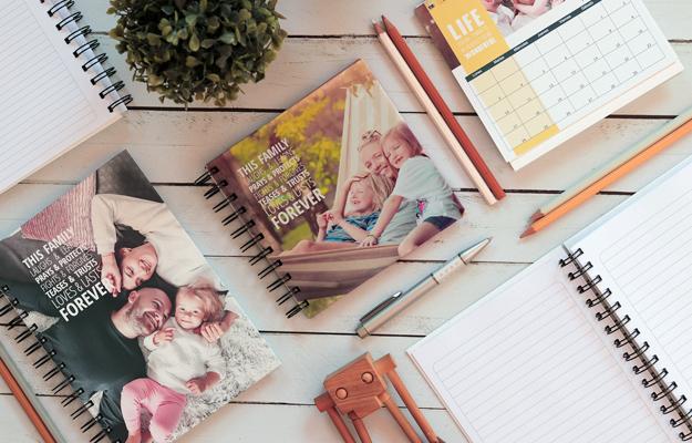 This Family. Diseño de cuaderno personalizado para descargar gratis y completar con tus fotos en el soft de compu!